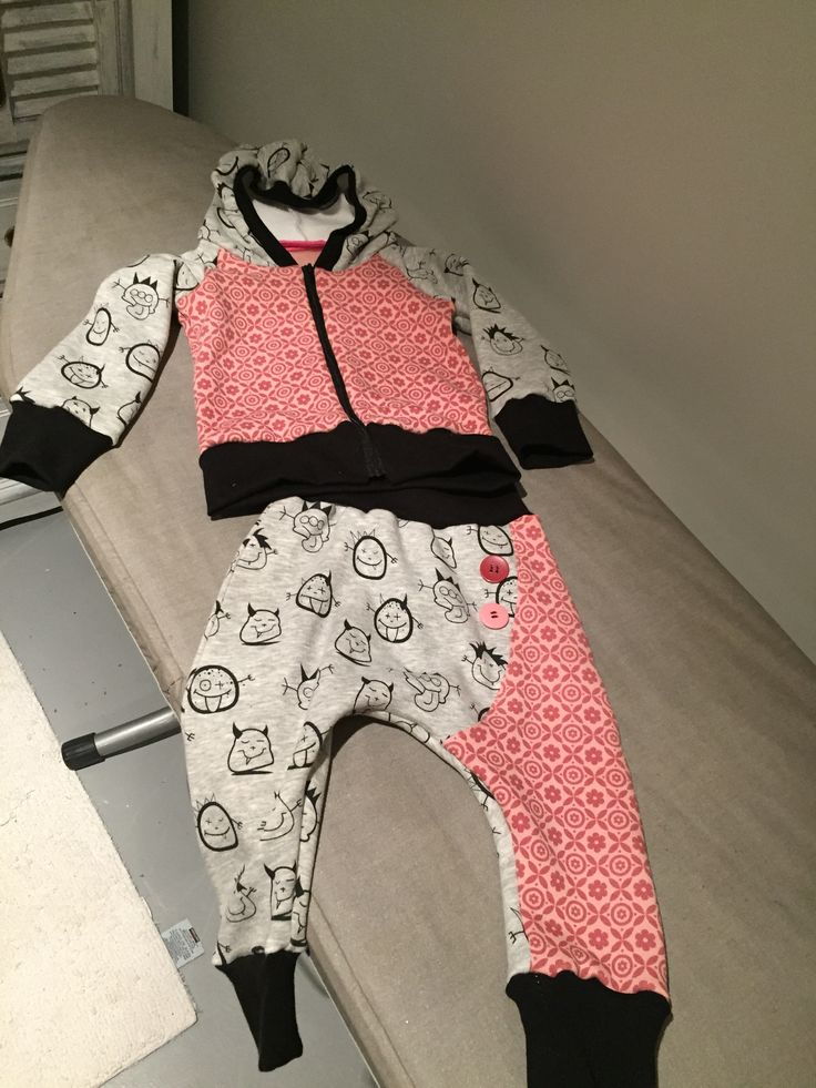 Pattern pants: Knopfknirps by GlücksEmmel Pattern Hoodie: Kapuzenjacke Ryan