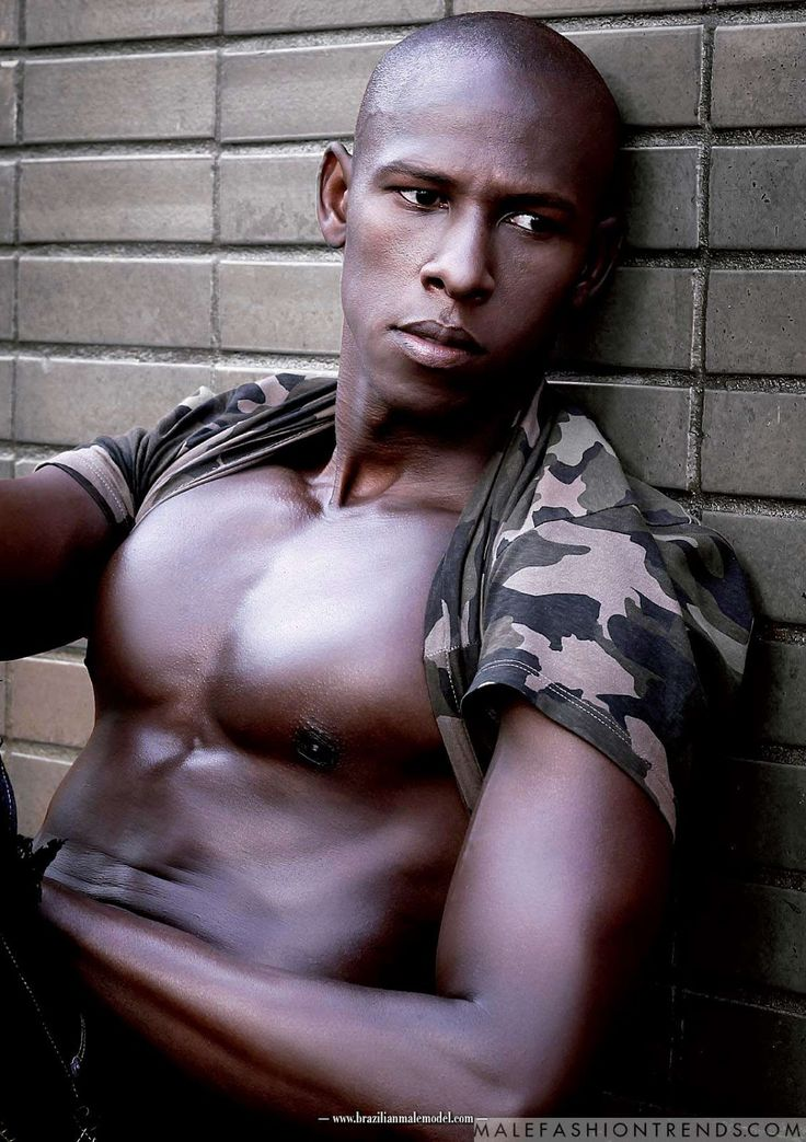 Vinicius Mendez para Brazilian Male Model Magazine por Matheus Muraca