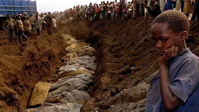 Los principales líderes opositores del país africano desgranan en ABC el giro autoritario del Gobierno Kagame veinte años…
