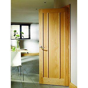 Wickes York Internal Oak Veneer Door 3 Panel 1981 x 686mm