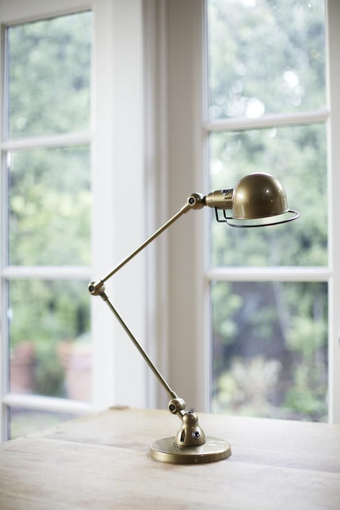 At Remodelista, we've been infatuated with the industrial chic of the French Jielde Signal Lamp for a while now. So when our friends at Horne invited u