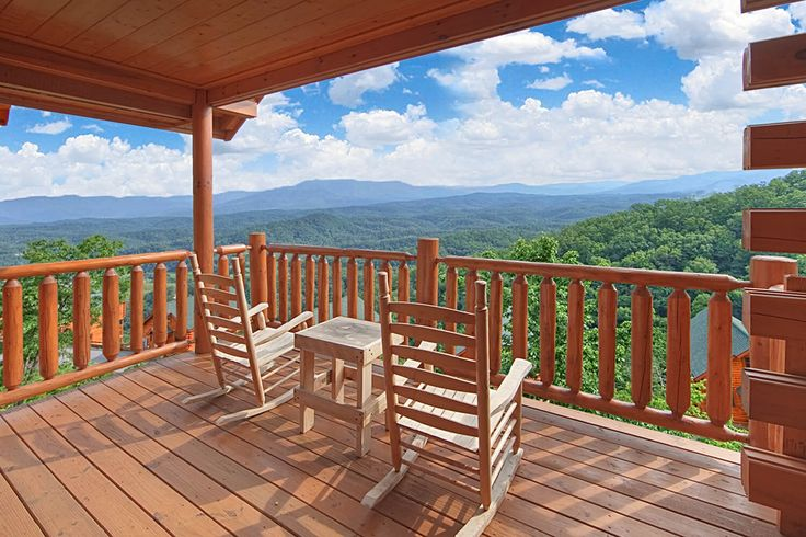 To view your perfect Gatlinburg vacation rental cabin click here!  Above The Clouds 1 bedroom sleeps 4.