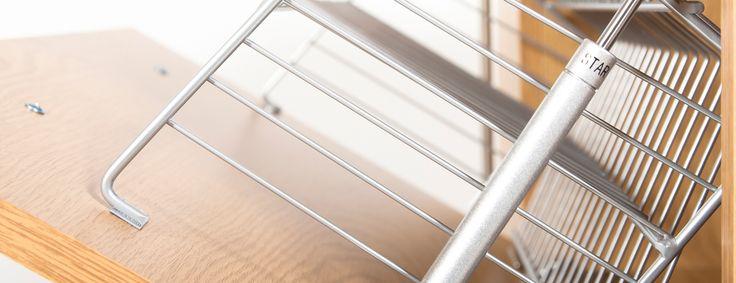 Szafki New Line z metalowymi koszami i gazowymi podnośnikami. Jakość na Lata. Our New Line Shoe Cabinet series is fiited with steel shelving and GTV gas struts. Built to Last.