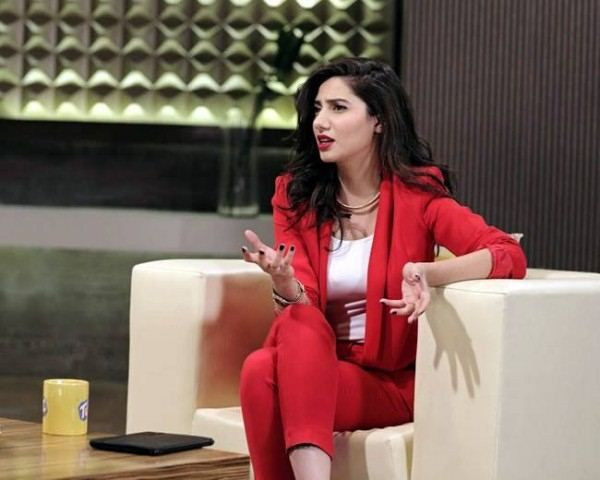 Mahira Khan In TUC Lighter Camera Shoots : Global Celebrities
