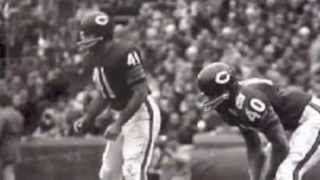 """brian's song full movie - YouTube (GALE SAYERS WITH INSIGHT ON BRIAN PICCOLO & THE MOVIE """"BRIAN'S SONG"""")"""