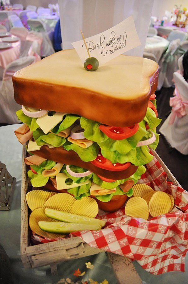 Μερικά τόσο εντυπωσιακά και δημιουργικά κέικ που λυπάσαι να τα χαλάσεις και να τα φας.