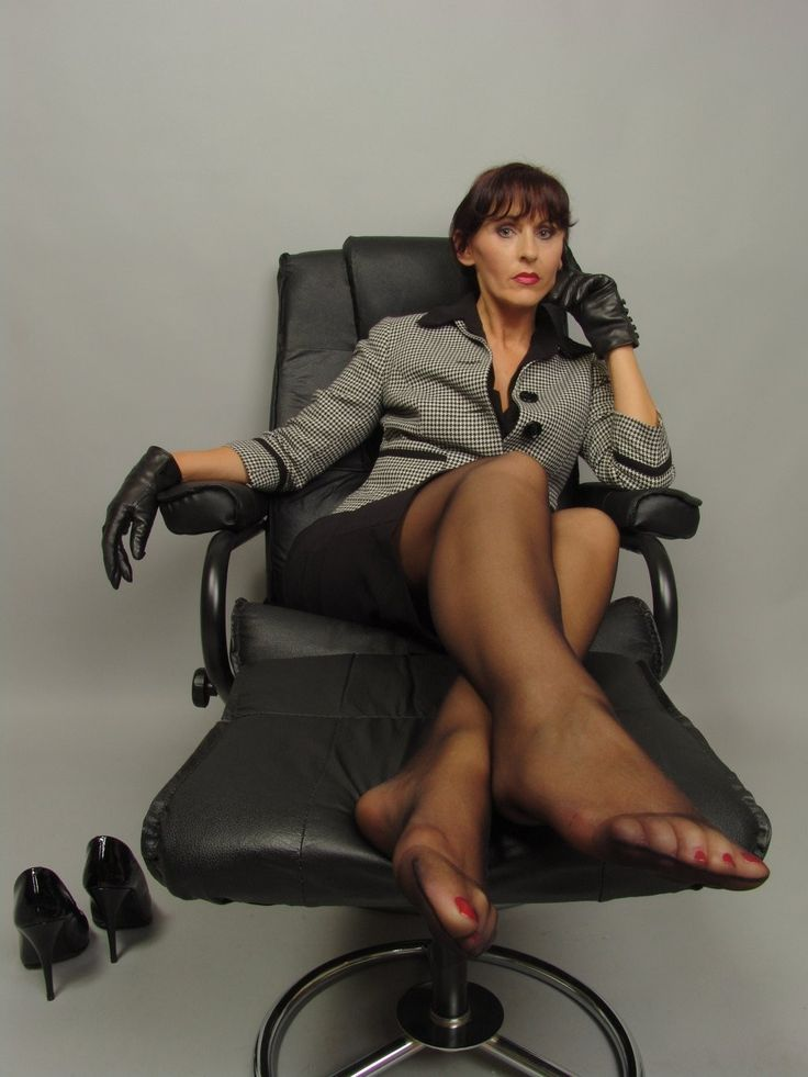 Pedicure Sophisticated Pantyhose Fetish 110