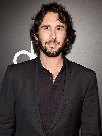 Find Out Josh Groban's Go-To Pickup Line http://www.people.com/article/josh-groban-stages-pickup-line-kat-dennings