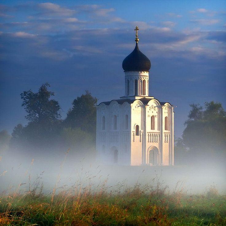 Русские церкви в работах современных мастеров фотографии