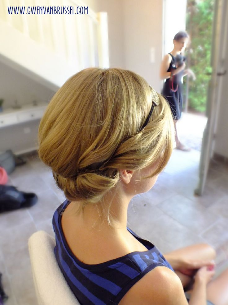 chignon boh me sur cheveux courts partir d 39 un headband my style pinterest chignons. Black Bedroom Furniture Sets. Home Design Ideas