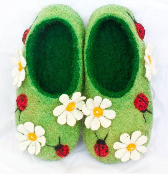 Handmade felt wool slippers summer