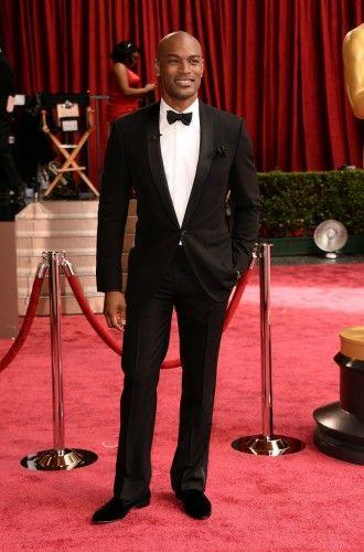 Tyson Beckford: Περπάτησε με αυτοπεποίθηση στο κόκκινο χαλί και αναδείχτηκε ένας από τους πιο καλοντυμένους άνδρες των βραβείων. #oscars