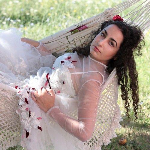ILARIA DI GIUSTILI fotografie SERVIZI FOTOGRAFICI ph Ilaria Di Giustili fotografo modella Angelica Adriana Di Giustili abiti Marilena Casaleschi (by Le Foglie) L'Aquila #moda #ritratti #matrimoni #wedding #fashion