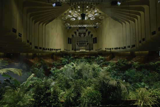 Pierre Huyghe, A Forest of Lines, 2008  A 24 hour event in the Concert Hall at Sydney Opera House for the 16th Biennale of Sydney.