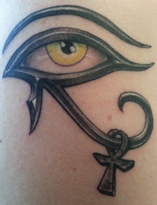 Les 25 meilleures id es de la cat gorie tatouage de - Tatouage oeil d horus ...