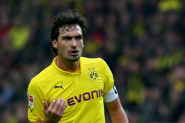 Manchester United transfer news: Where are Reds up to with pursuit of Mats Hummels? - Manchester Evening News