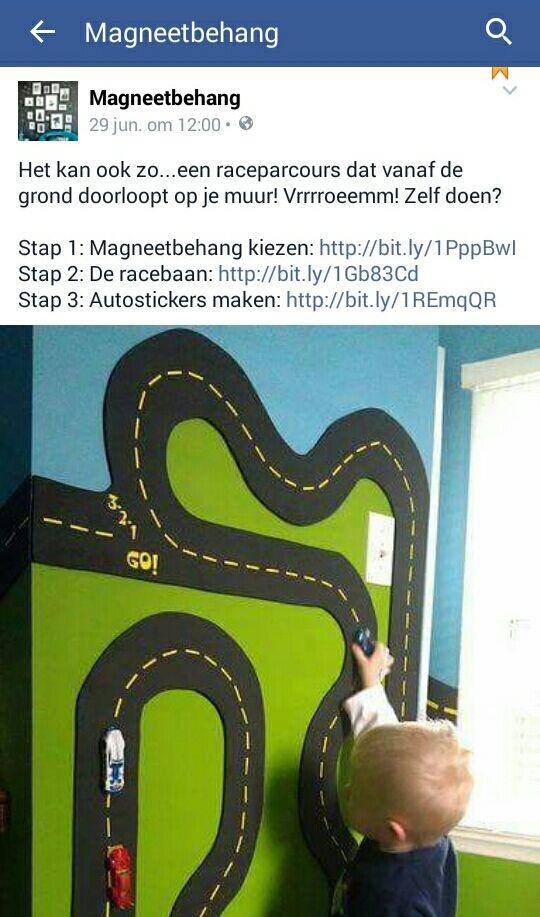 Magneetbehang kiezen: https://m.bol.com/nl/p/overschilderbaar-magneetbehang-245cm/9200000049292935/ De racebaan: http://www.acaza.be/muursticker-disney-cars-racebaan Autostickers maken: http://www.acaza.be/groovy-magnets-doe-het-zelf-magneetpapier