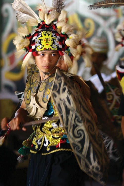 Traditional Dayak dances are usually performed every Sunday, starting from 2 PM, at Pampang Cultural Village in Samarinda.