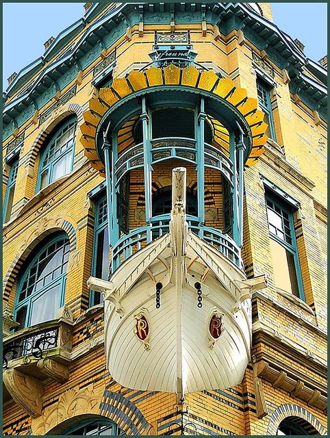 Art Nouveau houses in Antwerp 2 by jackfre2 on Flickr.