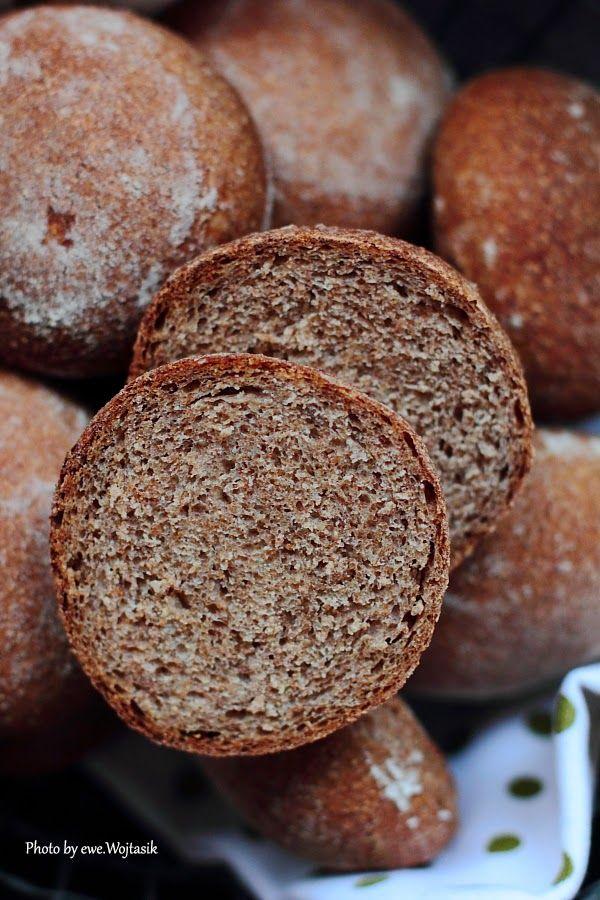 Lubię to... gotowanie!: Mąka razowa. Zakwas i drożdże. Bułki śniadaniowe.