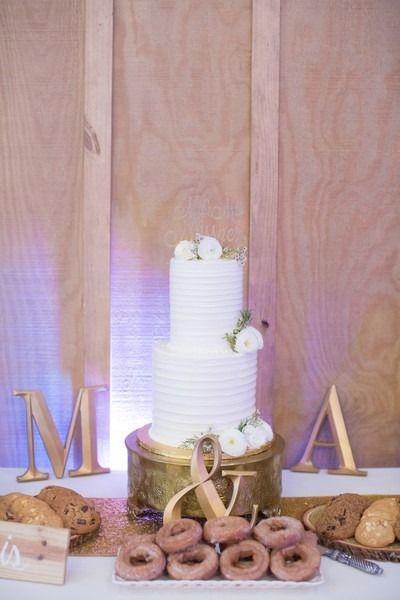 nice Pièce montée 2017 - Idée simple de gâteau de mariage - gâteau de mariage à deux niveaux, gâteau au beurre ...