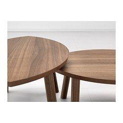 IKEA - STOCKHOLM, Bijzettafel, set van 2, , Het tafeloppervlak van walnootfineer en poten van massief walnoot geven je kamer een warme, natuurlijke uitstraling.De duidelijke adering in het walnootfineer geeft elke tafel een uniek uiterlijk.Walnoot is een natuurlijk, slijtvast materiaal. Het oppervlak is versterkt met een beschermende lak die het meubel extra duurzaam maakt.De bladvormige tafels zijn een sieraad voor de kamer. Je kan ze apart neerzetten of ze combineren tot een grote…