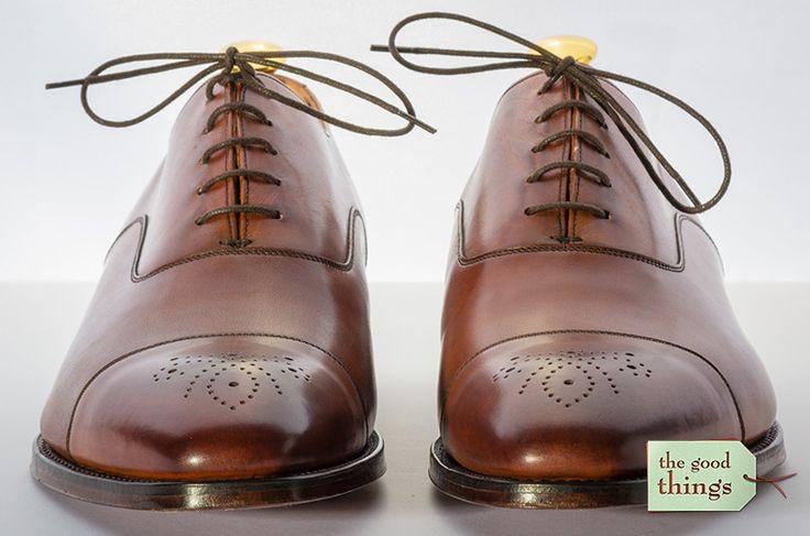 : Ist bei neuen Lederschuhen eine besondere Pflege nötig? Muss der neue, rahmengenähte Lederschuh vor dem ersten Tragen behandelt werden?