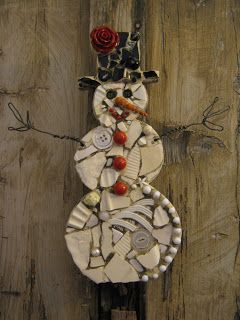 Eccentricities, Mosaics by Kelly Aaron: Christmas in July - love her work!
