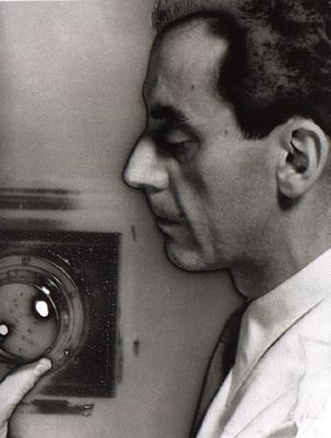 Man Ray - Self portrait - 1932