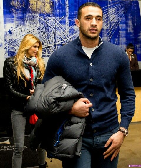 Badr Hari, you like him or you don't. But I definitely can appreciate his clothing simple.