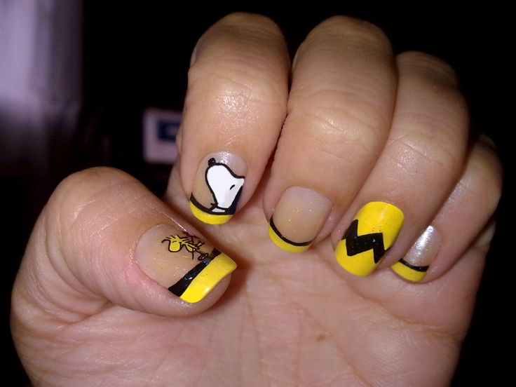 snoopy · Nail Art ... - The 36 Best Snoopy Nails Images On Pinterest Snoopy Nails, Peanuts