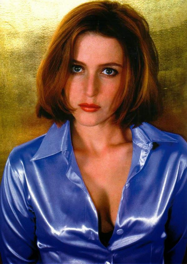 Gillian Anderson  Gillian Anderson, Satin Blouses, Lady-9400