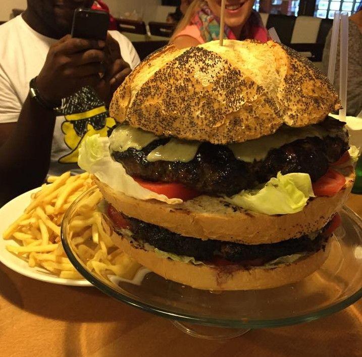 Europe's Biggest Burger: Food Challenge - GrubOrPub Blog