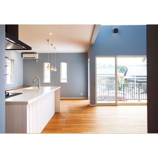 豊橋市にある「R+HOME アールプラスホーム」の新築施工例「やさしさと温もりが心地いいアンティーク・ブルーグレーな家」の紹介ページ。【イエタテ】は新築やリノベーションの事例から、完成見学会や相談会などイベント開催情報など情報満載!