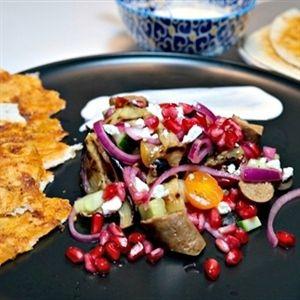 flatbread met merguez en salade van aubergine