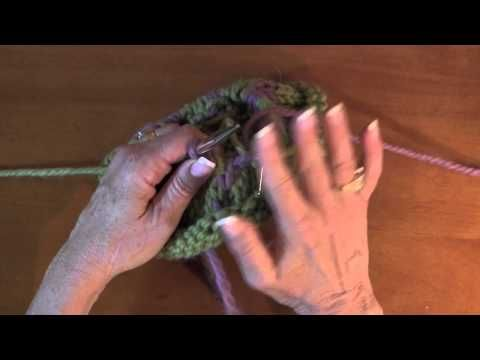 Fair Isle Knitting and how to trap the floats - YouTube