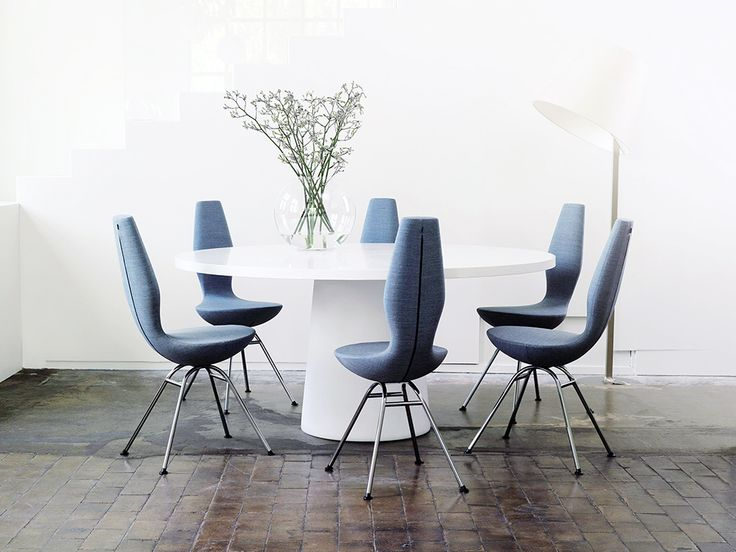The Varier 'Date' dining chair designed by Olav Eldøy