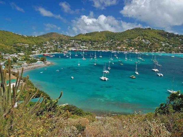 Na capital de São Vicente e Granadinas, Forte Charlotte dá visão panorâmica sobre o mar caribenho Foto: Shutterstock