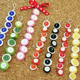 Button BraceletsGirls, Crafts Ideas, Buttons Crafts, Schools Ag, Polka Dots Buttons, Buttons Bracelets, Jewelry, Button Bracelet, Minnie'S Polka Dots