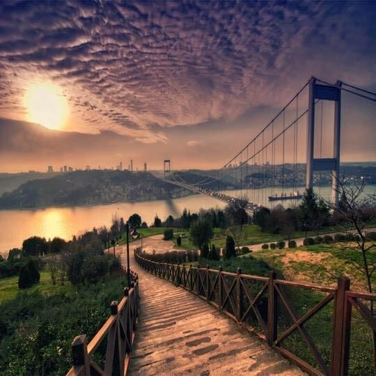 İstanbul ! pic.twitter.com/ajv8f8e2Dw