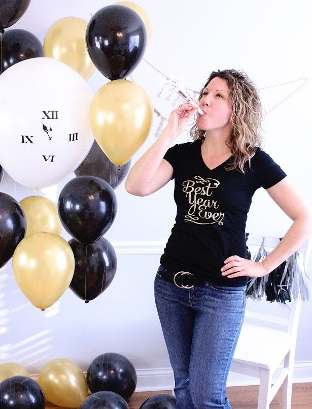 """Easy DIY New Year's Eve """"Best Year Ever"""" T-Shirt 