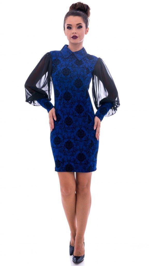Rochie albastră cu model și mâneci voal