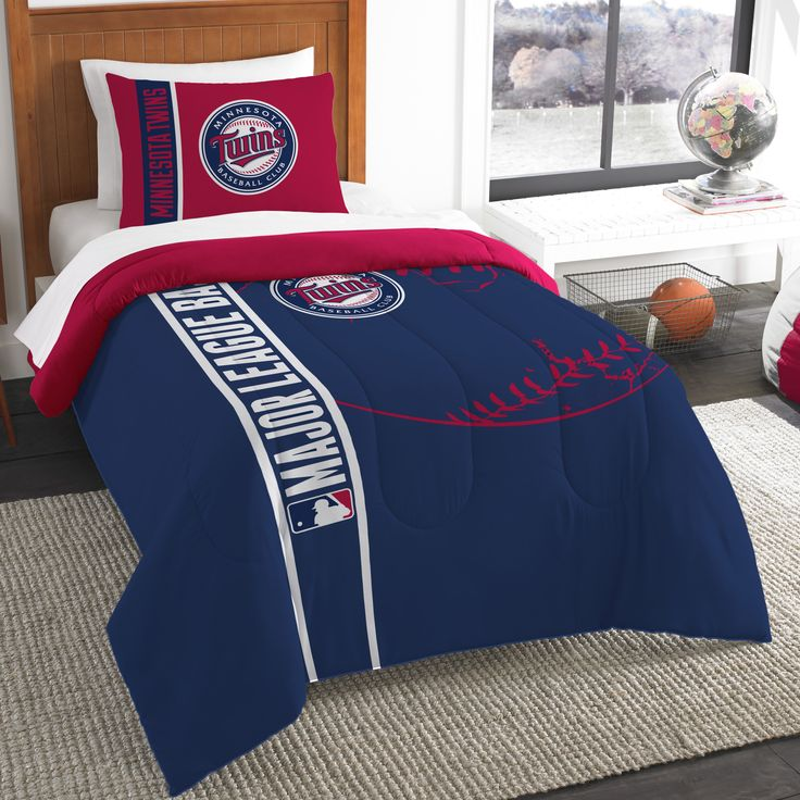 MLB Twins Baseball 2 Piece Twin Comforter Set