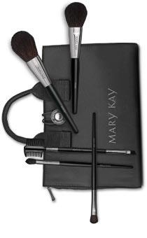 Mary Kay Brush Set, carry your favorite Mary Kay makeup and brushes in a sleek little carry case