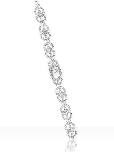 【ELLE】アールデコを最高級のダイヤモンドで表現!|エル・オンライン