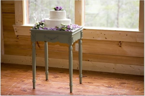 Oval shaped wedding cake by Carles-Witt Events, LLC www.carles-wittevents.com