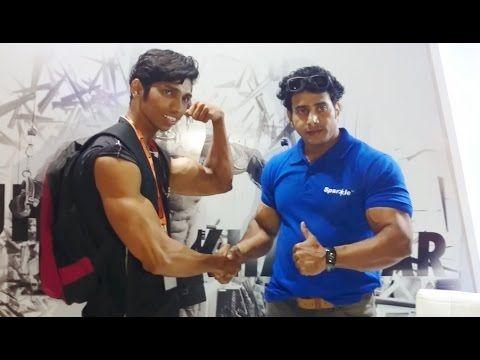 Suhas Khamkar The Great Indian Bodybuilder With Fans @ Bodypower Expo 2016 Mumbai India
