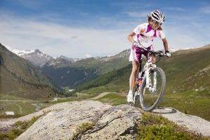 Stilsicher auf dem Fahrrad: Damen Fahrradbekleidung - hier mehr lesen - www.profirad.de