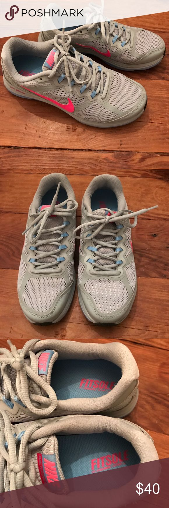 Nike Dual Fusion Run Grey with Pink Swoosh Fitsole Nike Dual Fusion Run Grey with Pink Swoosh, Fitsole. Size 6.5. Excellent condition! Worn once or twice. Nike Shoes Athletic Shoes