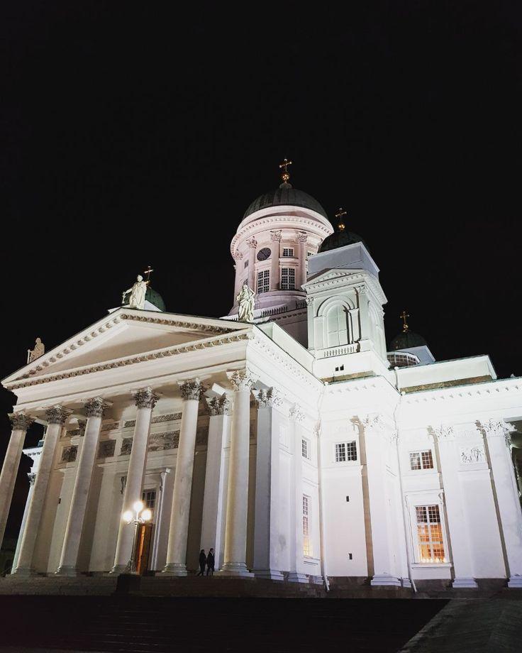 Bangunan gereja yang megah dan unik ini berada di Helsinki, Finland yang diberi nama Lutheran Cathedral. photo by Marcell @vincent.marcell Lutheran Cathedral, Helsinki, Finland  #witajourney #witatour #witatourtravel #luxurytravel #travelblog #tour # #europe #europeantour #european #helsinki #finland #lutherancathedral #cathedral #beautifuldestinations #journey #adventure #travelblogger